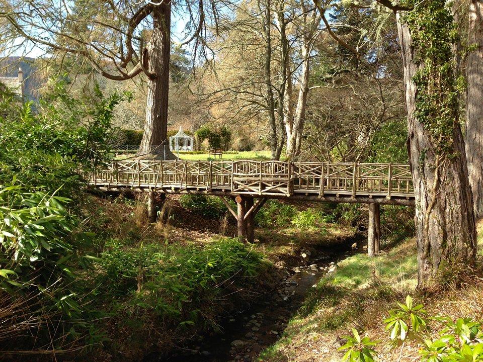 aldourie estate bridge